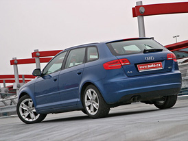 Test Audi A3 Sportback 1.8 TFSI - Ve stínu Golfu   48421cfa2a