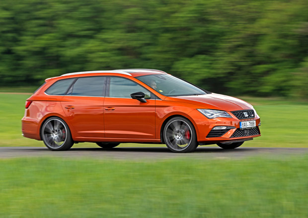 test seat leon st cupra 2 0 tsi 4drive dsg skryt identita. Black Bedroom Furniture Sets. Home Design Ideas