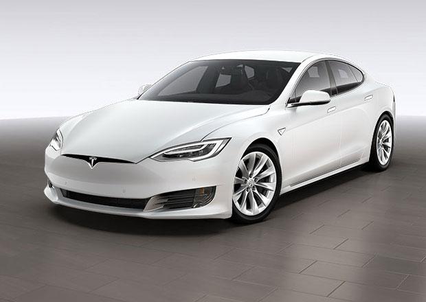 Tápající Tesla? Model S se prodává lépe než konkurence od BMW či Mercedesu!