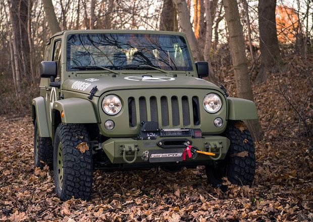 Geiger převlékl odcházející Jeep Wrangler JK do khaki