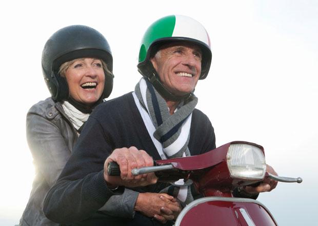 Neplatné zdravotní oprávnění u seniorů: Úřad chyboval, řidič málem dojezdil