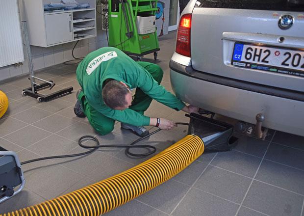 Průměrné emise aut v Evropě loni poprvé za deset let vzrostly