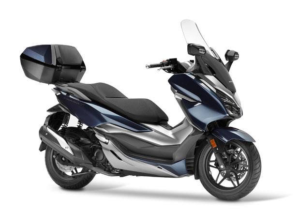 Honda Forza 300 nastupuje v radikálně přepracované podobě