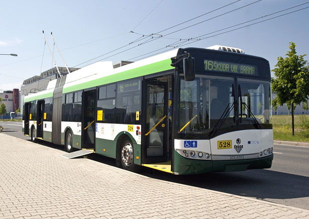 Plzeň získá nové kloubové trolejbusy Škoda Electric