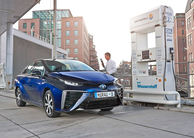 Vodíkový pohon automobilů: Nechceme lithium, chceme vodík