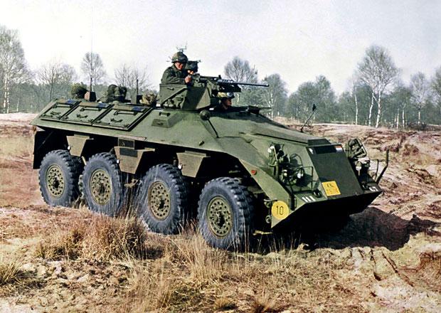 DAF to jsou i speciály pro armádu. Podívejte se na terénní, obojživelné i obrněné stroje