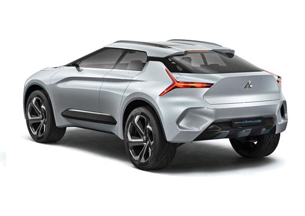 Další svatokrádež? Mitsubishi Lancer se změní v crossover!