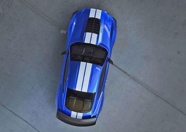 Ford Mustang Shelby GT500 se začíná odhalovat. Má nabídnout přes 700 koní!