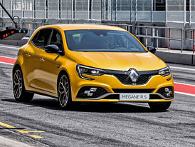 Renault Mégane R.S. přijíždí v posílené verzi Trophy. Nabídne i manuál!