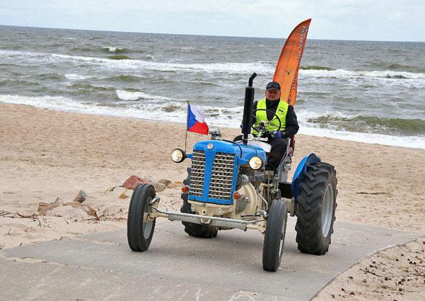 Klasický Zetor 25 míří po vlastní ose do Skandinávie