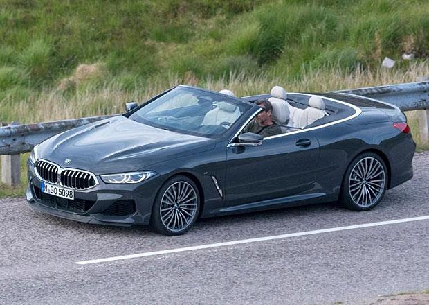 S kupé to nekončí! Podívejte se na první fotky BMW 8 kabriolet