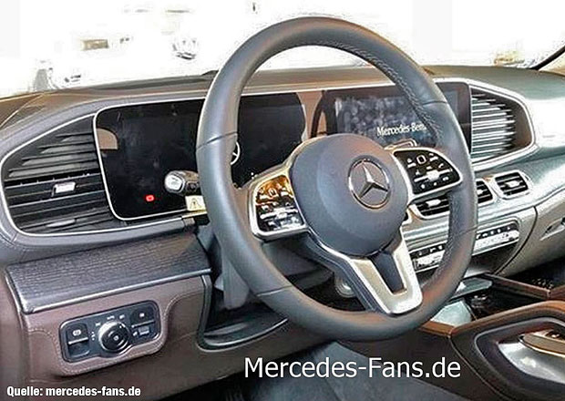 Nový Mercedes-Benz GLE prozrazuje svůj interiér. Inspiruje se třídou S