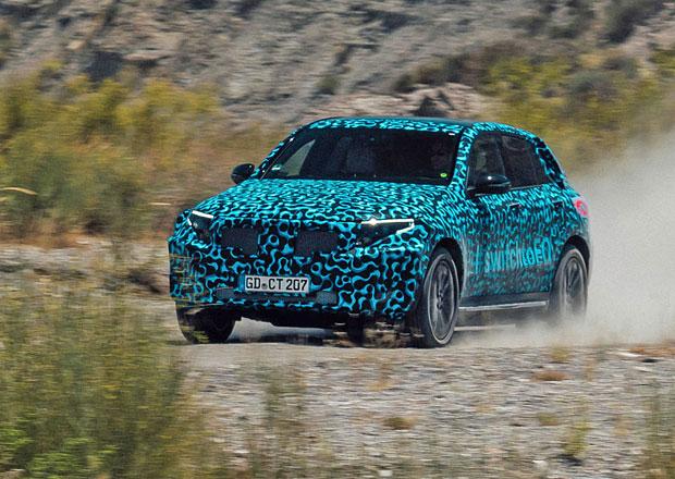 Mercedes-Benz EQC je už za dveřmi. Co všechno o elektrickém SUV už víme?