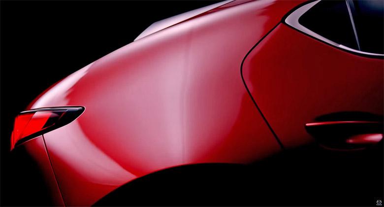 Mazda začíná odhalovat novou generaci modelu 3. Uvidíme ji v listopadu
