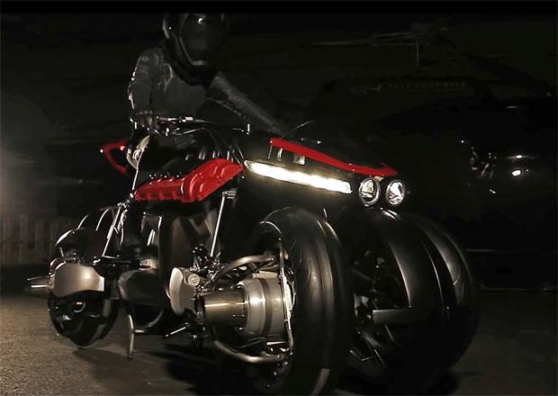 Lazareth láká na premiéru létající motorky se čtyřmi proudovými motory