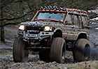 Video: Land Rover Defender 8x8 a Discovery Monster Truck