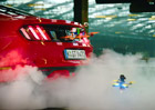 Dronekhana: Ford Focus RS, Mustang a dva drony (+video)