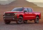 Chevrolet Silverado: Nová generace velkého pick-upu vypadá drsně
