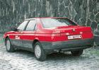 Slavné dobové testy: Alfa Romeo 164 3,0 V6. Kvůli klimatizaci jste mohli nastydnout...