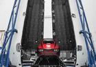 Tesla Roadster poletí do vesmíru. Už víme kdy!