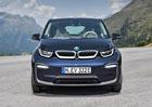 Další elektrická novinka BMW se blíží. Crossover do zásuvky uvidíme již příští měsíc