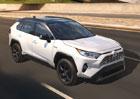 Toyota RAV4 se může dočkat dalších variant. Ve hře je sedm míst i elektromobil
