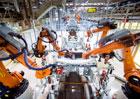 """Španělští roboti """"točí"""" Enchuflu: Jak se vyrábějí Seaty v Martorellu?"""
