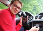 Jak dostat i do starého auta bluetooth: Jde to!