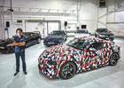 Toyota Supra se poprvé ukázala se svými předchůdci. A prozradila informace o čtyřválci
