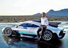 Lewis Hamilton se rozpovídal o své sbírce aut. Které označil za řidičsky nejhorší?