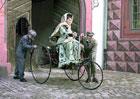 Bertha Benz: První dálkovou jízdu v dějinách automobilu před 130 lety uskutečnila žena