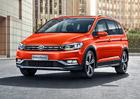 Volkswagen Touran chce být jako SUV. Populární MPV přijíždí ve verzi Cross