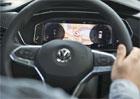 Premiéra VW T-Cross se blíží! Podívejte se do interiéru nejmenšího SUV značky