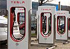 Tesla v roce 2019 dokončí evropskou síť nabíječek Supercharger. U nás jsou zatím tři