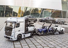 Mercedes-Benz představuje Actros jako přepravník automobilů v měřítku 1:18
