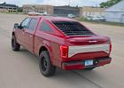 Pick-up Ford F-150 může vypadat jako Mustang Mach 1. Když přivřete oči. Obě.