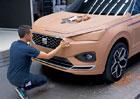 Jak vzniká model auta? Na jedno sedmimístné SUV je spotřebováno 5000 kg hlíny