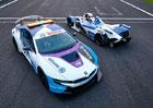 BMW uvádí i8 Coupé Safety Car pro šampionát formule E
