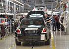 Byli jsme v továrně Rolls-Royce: Tady se rodí luxus!