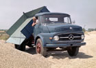 Mercedes-Benz připomíná výročí populárních nákladních vozidel Kurzhauber