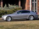 BMW 750i – Vyhoďte šoféra