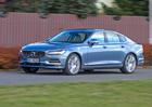 Volvo S90 D5 AWD – Proč je otolik lepší než XC90?