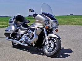 Za řídítky - Kawasaki VN1700 Classic a VN1700 Voyager