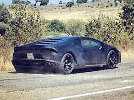 Spy Photos: Lamborghini Cabrera je nástupce Gallarda