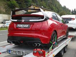 Honda Civic Type R: S velkým křídlem, ale bez blatníků?