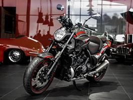Carlex Yamaha VMAX: Poláci zkouší motorky