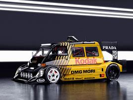 Šikula si vysnil dodávku s V10 uprostřed a závodním bodykitem. Jak se vám líbí?