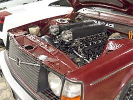 Tohle 44 let staré Volvo dostalo V10 z Lamborghini