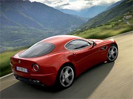 Alfa Romeo 4C: oslaví automobilka svých 100 let novým sporťákem?: titulní fotka
