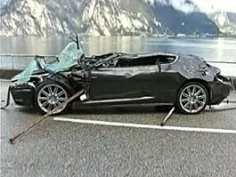James Bond utopil Astona: titulní fotka